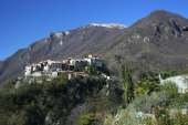 flats to rent home apartments to let self catering vacancy vacation Italy Lombardy Menaggio lake Como holiday rentals accommodation vacation apartment apartments house villa