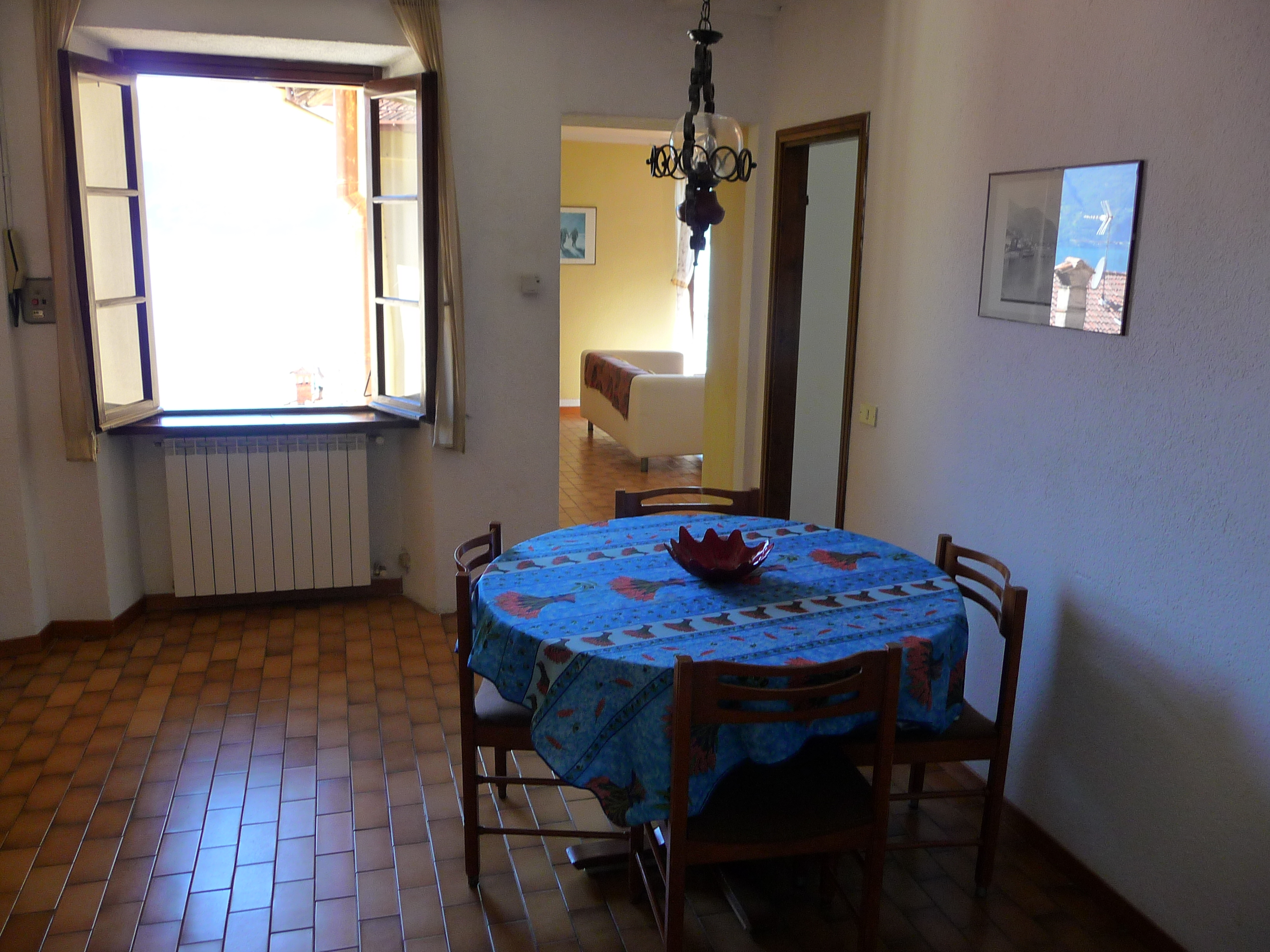 Menaggio,Apartments for rent in lake Como , Menaggio,Italy.Vacation rentals holiday accommodation from private owner,flats to let ,holidays in Menaggio lake Como,rental apartment,house rentals